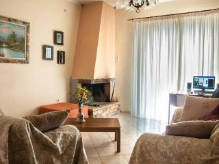 Cozy Flat near in Ancient Olympia Area, Krestena