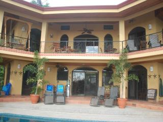 CASA MANANA  (Man yana)-YOUR  HOME AWAY FROM HOME, Uvita