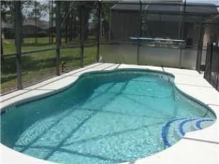 4 Bedroom 3 Bathroom Pool Home Located In Calabay Parc Near Disney. 622OD, Orlando
