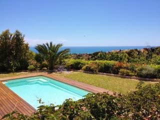 Beau 3p dans villa, piscine,vue mer et barbecue, Nice