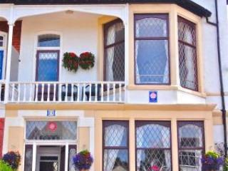 Chymes Select Holiday Flats, Balcony, Sea Views, Lytham St Anne's