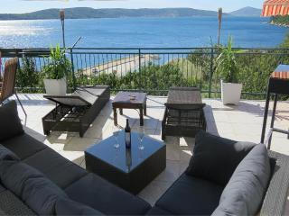Apartment Blue Lagoon + Big  Balcony Sea Views, Split
