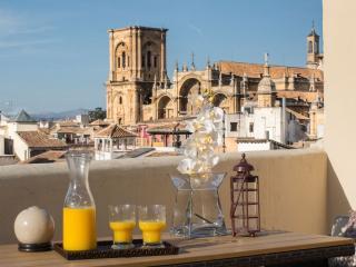 ÁTICO EN REYES CATÓLICOS - PUERTA REAL, Granada