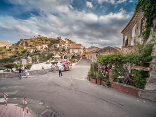 Uno tra i borghi più belli D'Italia B&B Il Padrino, Savoca