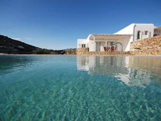 Penelope Villa- Relaxing surrounding, amazing view, Mykonos