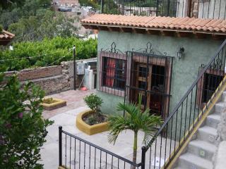 Villa Casa Secreto; Garden & Pool, Guanajuato