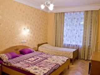 3 -bedroom apartment in Pechersk, Kiev