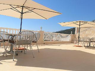 Villa Bonaca - luxury apartment with sea view