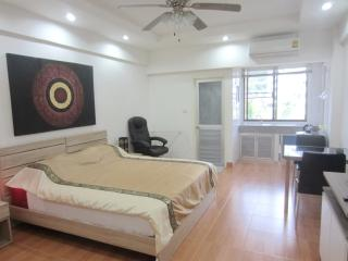 studio R  in PatongCondotel 6floor room 47/174