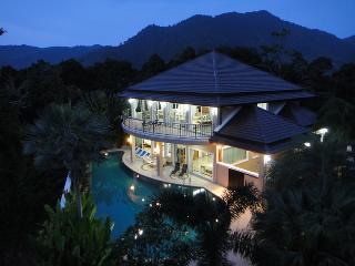 Villa Sirion Kamala