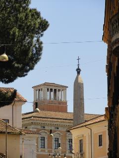 View Outside left - Basilica di San Giovanni in Laterano