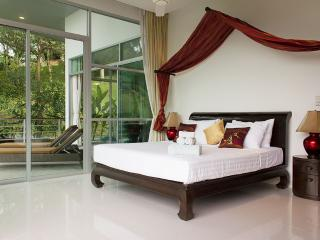 3 Bedroom Phuket Holiday Villa
