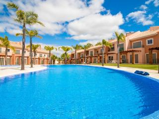 Luxury Villa in Private Condominium, Albufeira