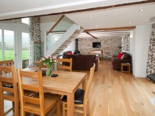 The Granary Sleeps 5
