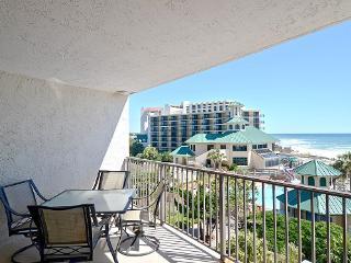 Beachside Two 4257 studio Bedroom condo ~ RA90256