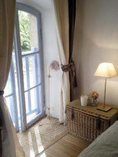 Fenêtre Chambre de la Garrigue donnant sur la Cour intérieure