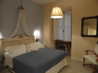 Elegante & romantico appartamento Colosseo centro