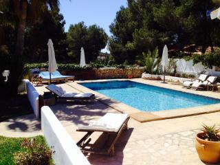 Newly renovated colonial spanisch summer villa