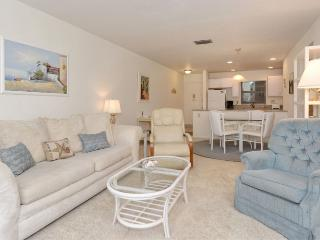 Closest to Siesta Beach! Gorgeous One Bedroom Condo on the Best Beach in the US!