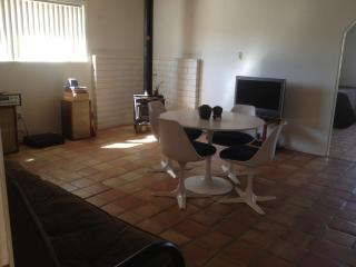 Cozy 3 Room Suite near Joshua Tree, Yucca Valley