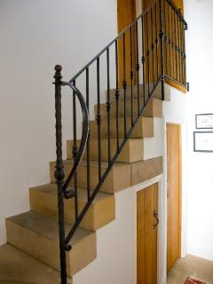 Stone stairs can be fitted with stair gates if neccessary