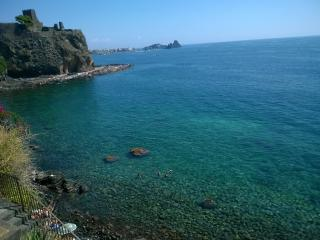 Nice little apartment, Aci Castello