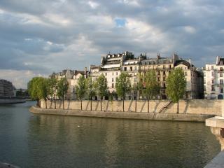 A Studio with Terrace - Notre Dame de Paris