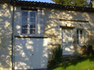 """The Cottage "" Coutures, Verteillac"