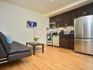 **CIELO** Great Upper East Side 2 bedroom Apt!, New York