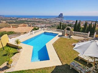 VILLA SIRENAS stunning seaviews, 10 min to calpe, Calpe