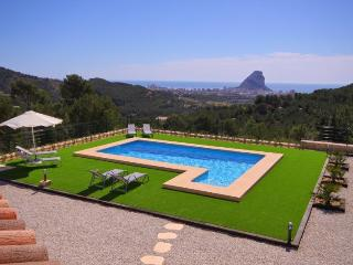 VILLA NATURA: modern villa with panoramic seaviews, Benissa