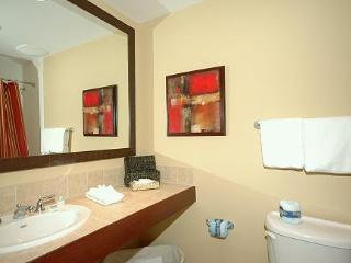 Luau II 7031/7033 (Su) 2 Bedrooms condo ~ RA90317