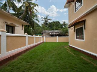 7BHK Luxury Villa with Private Swimming Pool