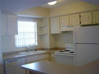 Comfortable two bedroom unit in nice waterfront Resort-Great Resort Amenities, Marco Island