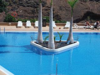 Precioso apartamento cerca del mar,piscinas y Wifi, Playa Paraíso