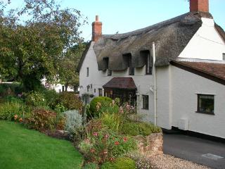 Hartnells B&B, Williton