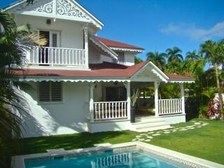 PRIVATE VILLA at the BEACH and TOWN, Las Terrenas