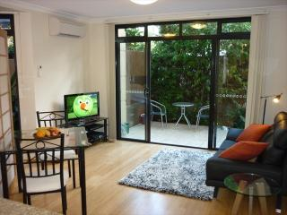 BB240 - A Charming and Modern Studio, Cremorne