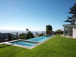Quintessential Los Angeles Home with Infinity Pool, Hot Tub Overlooking the City