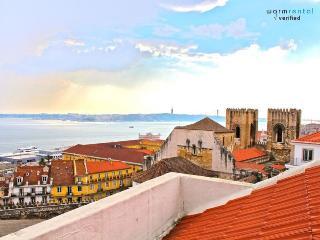Brya Blue Apartment, Alfama, Lisbon, Almada