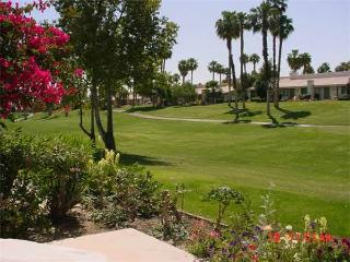 Palm Valley CC (VS811)--Great Location, Nice Unit!, Palm Desert