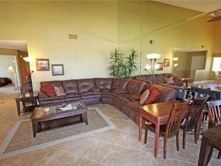 Sports Golf Membership! Nice Condo-Palm Valley CC (V3905), Palm Desert