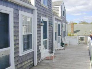 1 Bedroom 2 Bathroom Vacation Rental in Nantucket that sleeps 2 -(9855)