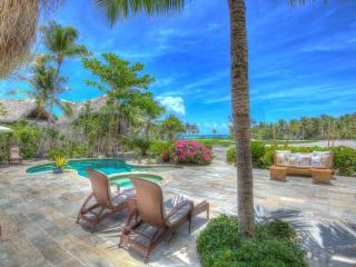 Fantastic Caleton Oceanview 3BDR Villa