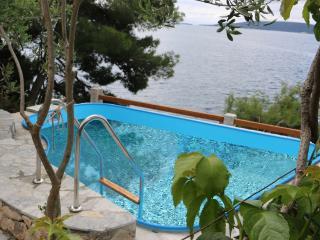 Summerhouse-apartman juric-Trogir-okrug donji