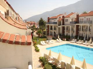 Fantastic 2 bed property on sm. friendly complex, Oludeniz
