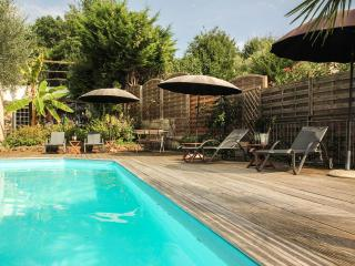 Charming villa apartment with pool, quiet - 2