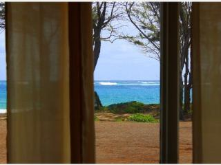 Streamside Beach House, Laie