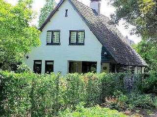 Family house with garden near Beach & Alkmaar