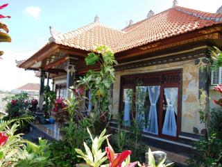 3BR-Balinese Style House @South Kuta